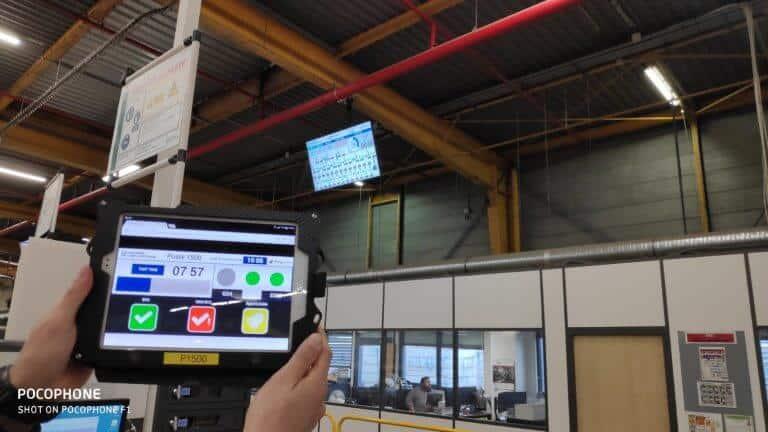 Tablette opérateur pour la déclaration des temps de travail et la remontée des incidents